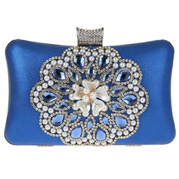 Wholesale Silver Clutch Bags For Prom - Big Bling Diamond Sun Flower Clutch Handbag - Elegant and Upscale - Mini Size Women Purse clutches for Wedding, Evening Party, Prom, Banquet