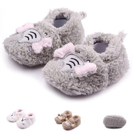 Wholesale Girls Shoes Rabbit - New Arrival Baby Shoes for Girl Boy Winter Walking Plush Upper Elephant Monkey Rabbit Soft Sole 0-12 Months