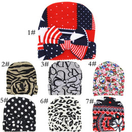 Wholesale Babys Beanies - Latest newborn baby winter Autumn hospital warm hats caps Beanies Hot babys boys girls bow knitted hat cap Beanie Hat for 0-6M kids 7 colors