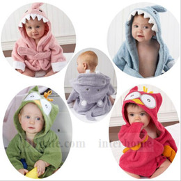 Wholesale hooded baby bath towels wholesale - Baby Animal Bathrobe Cartoon Bath Towel Hooded Bath Robes Terry Wrap Shark Poncho Fox Cloak Blankets Cow Pajamas Sleepwear Bath Gown B1104