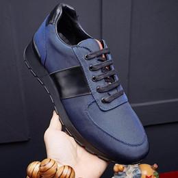 Wholesale Shoe Inside - Breathable mesh inside cow leather Luxury brand men sneakers fashion men casual shoes Non - slip soles designer shoes model 203301579