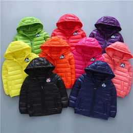 Wholesale White Childrens Coat - 2016 Big Boys Girls Childrens Down Coat Autumn Winter Long Sleeve Hooded Flimsy Outwear Flimsy Cartoon Newest Kids Clothes Wholesale