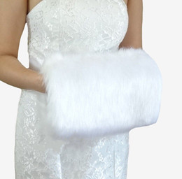 Wholesale Cheap Warm Gloves - Cheap 2017 Winter White Faux Fur Wedding Gloves Warm Bridal Muff Accessories Stored For Your Wedding Quickly