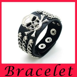 Wholesale European Tin Box - European Style Punk Rivet Bracelet Skull Club Trend Domineering Bardian Multi-level Fashion Hand Jewelry Wholesale 300645