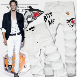 "Wholesale Mens Embroidery Designs - Famous Design Jeans Man Embroidery ""Shark Bite Me"" White Stretch Cowboy Pants Ripped Slim Fit Leg Button Fly Denim Trousers Mens"