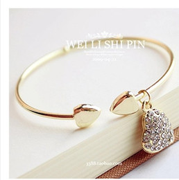 Wholesale Diamante Bracelets - Fashion sliver golden diamante peach heart women bracelet heart style cuff bangle for Valentine Day gift