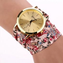Женва смотреть женщины розовые онлайн-Горячий новый бренд класса люкс Женева часы женщины ткань аналоговый кварцевый браслет платье наручные часы белый розовый