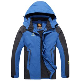 Wholesale Men Mountain Jacket - Wholesale-Free Shipping Waterproof jacket winter women hiking jackets outdoor jacket men windproof mountain clothes for Lover