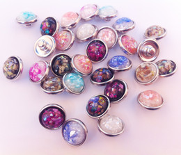 12mm snap button charm Promo Codes - 50pcs lot Mix Colors High Quality Fashion Round Shell Stone Noosa Chunks Metal Ginger 12MM Snap Buttons For Diy Jewelry Findings