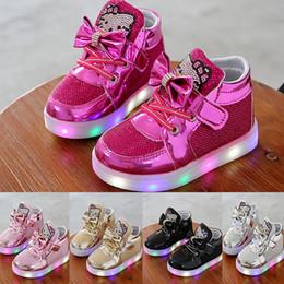 Tableros intermitentes online-Muchachas de los muchachos Zapatillas LED Zapatos fluorescentes Flash Zapatos luminosos Niños Carga USB Zapatos casuales Zapatos de tabla Zapatillas de running WX-C07