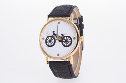 Wholesale Brown Glass Table - New arrival 9 Multi Colors Cheap Fashion Table Quartz Bike Dial Casual Watches Leather Band Stylish Bicycle Women's Wristwatches