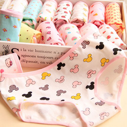 Wholesale cute girl hot sexy - 2016 Hot Selling Cotton Women's Briefs Cartoon Printing Women Underwear Panty Women Sexy Cotton Cute Girls Panties