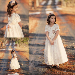 Wholesale Graduation Bow Ties - 2016 Girls Dresses Special Occasion Vintage Lace Flower Girl Dresses Princess Short Sleeves Zipper Bow Tie Sash Floor Length Communion Dress