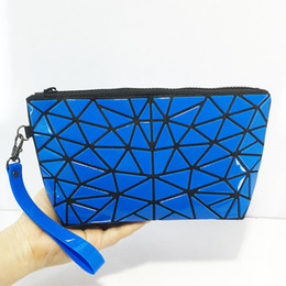 Wholesale Clutch Bag Stones - New Fashion irregular triangle creative geometric fold Lingge modeling women Folding clutch stone pattern woman mini mobile phone bag