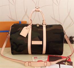 Wholesale Printed Canvas Duffel Bag - 2017 new fashion men women travel bag duffle bag, brand designer luggage handbags large capacity sport bag 45CM
