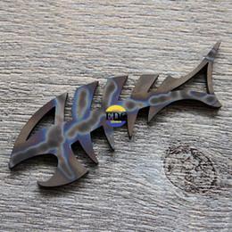 abridor de pesca Desconto EDC TC4 Titanium Padrão Chama Sólida Ao Ar Livre Ossos De Peixe Abridor Chave pendente Ferramentas Multifuncionais