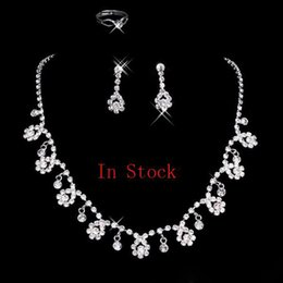 Wholesale High Quality Diamond Earrings - High Quality 2016 Hot Sale Holy White Rhinestone Crystal Flower Earring Necklace Set Bridal Party Free Shipping