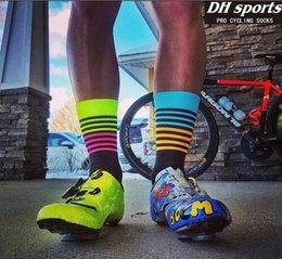Wholesale Nylon Foot Feet - DH SPORTS High quality Professional brand Cycling sport socks Protect feet breathable wicking cycling socks Bicycles Socks