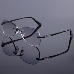 titan rimless brille großhandel Rabatt Großhandels-Sunglass-Art-Frauen Randlose Rahmen-Männer-Titanlegierungs-Glas-Rahmen-Diamant-Zutat-geschnittene randlose Gläser mit Steigungstönungs-Objektiv