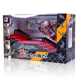 Wholesale 12 decks - Creative Finger Skating Board With Ramp Parts Track Deck Fingerboard Ultimate Parks Toy Table Game Kid Gift Hot Sale 15dd C