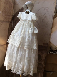 Wholesale Girl S Gown Ivory - Vintage Lace Christening Gowns For Baby Girls Short Sleeves Appliqued Beads Baptism Dresses With Bonnet First Communication Dress