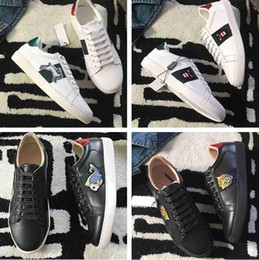 Wholesale Mesh Embroidery - High Quality Original Box Man Woman Casual Shoes Outdoors New Designer Fashion Embroidery Rabbit Fish Snake Bear Cheap Sneaker Size 35-44