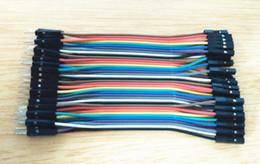 Envío al por mayor-libre 40pcs en la fila Cable de Dupont 10cm 2.54m m 1pin 1p-1p Hembra al alambre de puente masculino para Arduino desde fabricantes