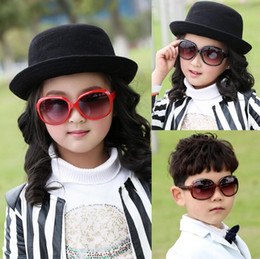 Wholesale Cute Frames - Cute Kids Child Polarize PC UV400 Resin Lenses Sports Sun Glasses Baby For Girls Boys Outdoor Designer Sunglasses 8 Color Free Ship S1046