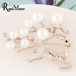 Wholesale Christmas Broches - Deer Brooch 24K Gold Silver Plated Lapel Brooches Pins for Women Imitation Pearl Broches Jewelry Relogio Feminino Christmas Gift