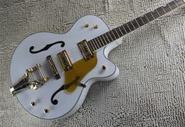 2019 guitare corps creux Accordeurs coréens New Style Custom Shop Blanc Noir Falcon 6120 Hollow Body Jazz Matériel de Guitare Électrique Avec Tremolo Livraison gratuite