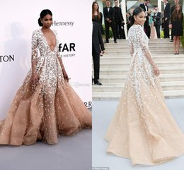 Wholesale Deep Illusion - Sexy Long Sleeves Champagne Evening Dresses Plunging Neckline Tulle Plus Size Zuhair Murad Celebrity Dress Pageant Dress African Prom Dress
