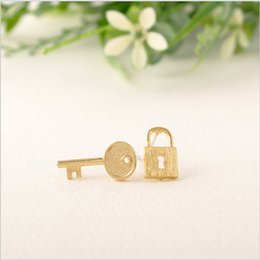 key lock free Coupons - In 2016, the lock and key compound new fashion women's earrings lovely earrings wholesale free shipping best gift
