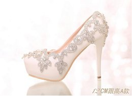 Wholesale Satin Shoe Pearl Ankle Strap - New Elegant Bridal Wedding Shoes Crystal High Heel Shoes Rhinestone Pearl Sparkling Wedding Nightclub Princess Shoes Silver X11