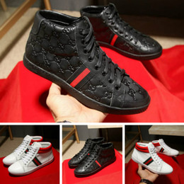 Wholesale korean lace up boots - Men's shoes fall 2017 new lace high-top shoes Martin boots casual England Korean winter leather shoes men