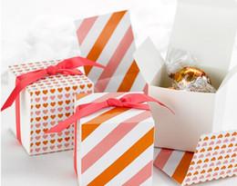 2019 confezione regalo arancione Più nuovo regalo di nozze scatola di favore di Reversible Hearts Wrap Candy Boxes -Orange / rosa decorazione di cerimonia nuziale favore box 250 pz / lotto espresso nave libera confezione regalo arancione economici