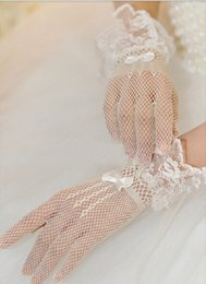 Wholesale Sheer Wrist Length Gloves - free shipping The new dress gloves white gauze lace short white wedding gloves The bride gloves white and black