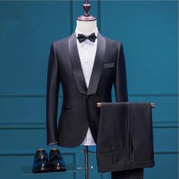 2019 dunkelgrünes samtgewebe Schwarz Groomsmen Anzug Brautkleider 2017 Drei Stück Anzug Schal Revers Hochzeit Smoking Männer Party Kleider