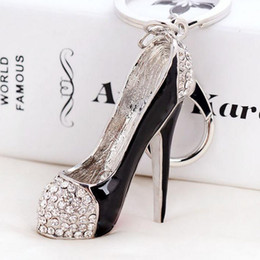 Wholesale Shoe Keyrings Wholesale - 3D Shoes Keys Holder Keychains Novelty High-heel Shoe Key Chains Purse Handbag Charms Rhinestone Decor Sandal Keyring Jewelry Gifts