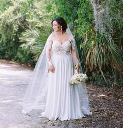 Sin respaldo sexy Más el tamaño de vestidos de novia Vestidos de novia Mangas largas Cuello en V profundo Vestido de gasa de playa Vestidos de novia desde fabricantes