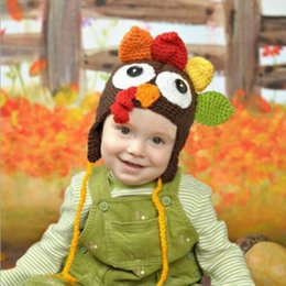 Tops tejido a mano online-Acción de gracias infantil Pavo sombreros de lana de invierno de punto sombreros calientes de cobertura Gorras de dibujos animados mano Crochet Caps de calidad superior