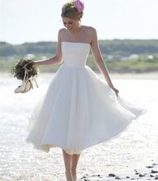 Wholesale Low Price Sexy Wedding Dresses - New Sexy Short Wedding Dress 2017 Strapless A Line Zipper Back Mid-Calf Organza Beach Wedding Gown Low Price