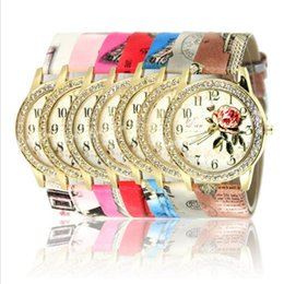 Wholesale digital watch girl women - Luxury Watches Women Ladies Diamond PU Leather Quarz Analog Wristwatch Girls Casual Dress Designer Watch 9 Colors