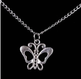 Wholesale Sweater Necklace Hollow Butterfly - 2015 New Product Christmas series Jeweley Necklaces Vintage Retro Hollow Alloy Ms Butterfly Pendants Necklace Sweater chain