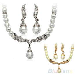 Faux perle ohrring halskette sets online-Braut Hochzeit Angel Wings Faux Perlen Halskette Ohrstecker Ohrringe Schmuck Set 08TP