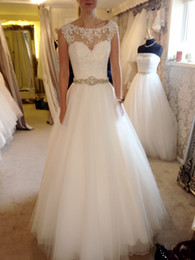 Wholesale Wedding Dresses Round Neckline - Lace Round Neckline A Wedding Dress Net Yarn Belt Diamond Ornaments Crystal Beach Plus Size Back Hollow Sexy Bride Wedding Gowns