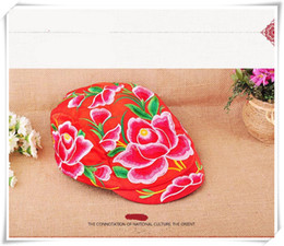 Wholesale Sun Cap China - wind hat embroidery Chinese traditional face Satin peaked cap fashion lady China peaked cap features