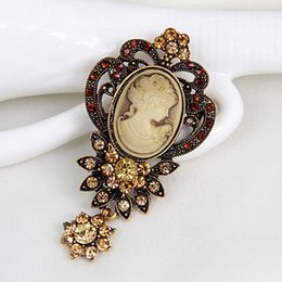 Wholesale Victorian Brooches - Antique Silver And Antique Gold Color Crystal Flower Dangle Exquisite Victorian Queen Head Camoe Brooch Lady Scarf Pins Hijab Wear Pin