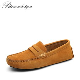 Wholesale Mens Red Loafers Suede - BIMUDUIYU Brand Mens Casual Shoes Fashion Peas Shoes Suede Leather Men Loafers Moccasins Slip On Men's Flats Male Driving Shoes