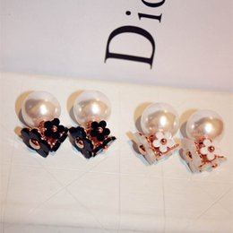 Wholesale Top Fashion Wear - Fashion faux pearl flower wearing top double dual high-quality zinc alloy earrings