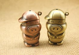 Wholesale Mcdull Pig Wholesale - Metal cute McDull pig creative metal windproof metal lighters, glass hookah accessories,Color random delivery